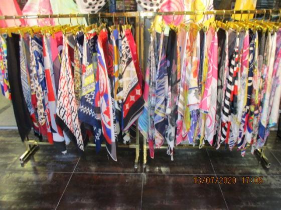 تولید و پخش شال و روسری آناهیتا