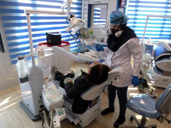 درمانگاه دندانپزشکی مهر مادر