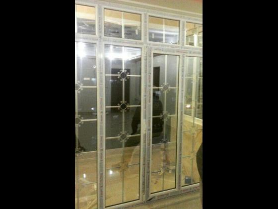 تولید پنجره دوجداره upvcبا شیشه دکوراتیو