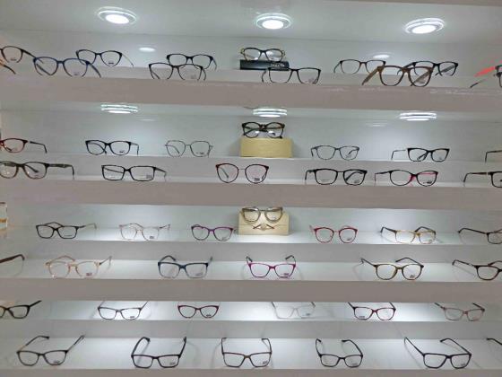 عینک نیک