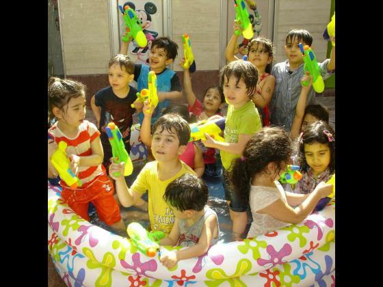 آموزشگاه زبان کودکان قاصدک سپید