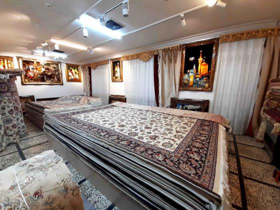 فروشگاه حسینی(فرش خوش رنگ) - فرش و قالی در مشهد - تابلو فرش در مشهد - رازی شرقی / سجاد و بسط فی مشهد - السجاد فی مشهد - رازی شرقی