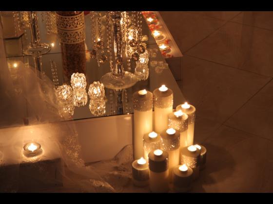 سفره درجه یک به همراه شمع آرایی