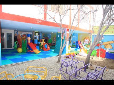 مهد و پیش دبستانی کودک پارسی