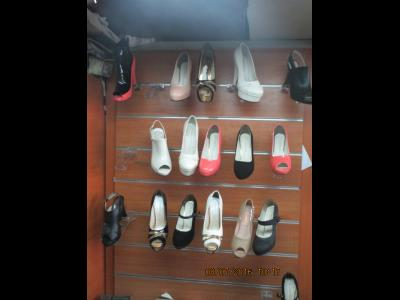 کفش راستینا