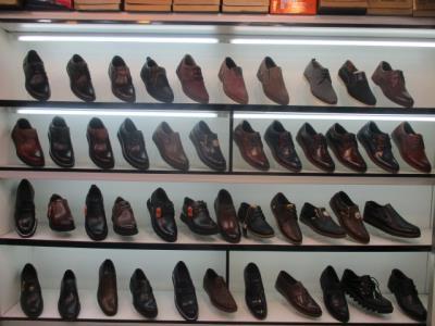 کفش برادران معینی - تولیدی کفش بازار بزرگ - پخش عمده کفش بازار