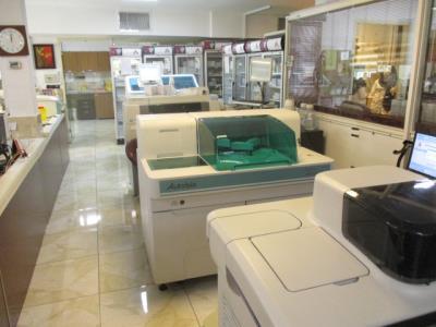آزمایشگاه پاتوبیولوژی و ژنتیک شبانه روزی آرامش