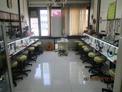 آموزشگاه تعمیرات موبایل متخصصان