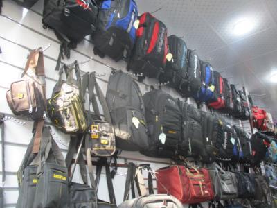 تولیدی کیف صانع(موسوی) - کیف در بازاربزرگ - کیف لپتاپی  در 15 خرداد - فروش کوله پشتی محدوده بازار بزرگ - کیف کمری در منطقه 12