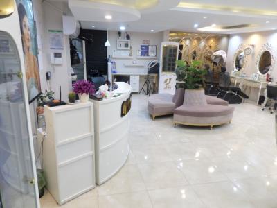 سالن زیبایی ناتالی - کاشت ناخن - اکستنشن - گریم تخصصی عروس - تهرانسر - منطقه 21