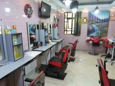 سالن آرایش کاسپین - آرایشگاه مردانه - فاطمی - میدان گلها - منطقه 6 - تهران - یوسف آباد