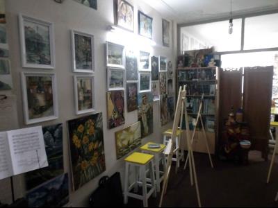 آموزشگاه هنرهای تجسمی پردیس (ویژه بانوان و پسرها تا 14 سال)