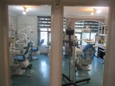 مطب دکتر نوروز محمدی صومعه - دندان پزشکی کرج