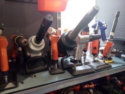 فروشگاه اطلس صنعت - ابزار آلات صنعتی - تجهیزات نفت - پتروشیمی - امام خمینی