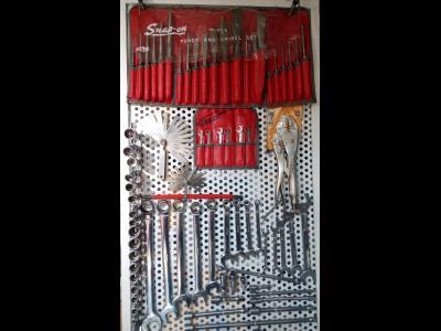 صنعت پیشه - ابزار آلات صنعتی پنوماتیک - هیدرولیک - مکانیکی - خیابان امام خمینی - منطقه 12 - تهران