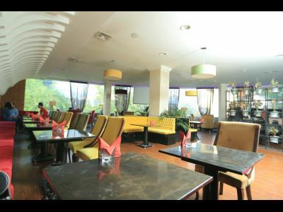کافه رستوران پوتنزا - کافه رستوران بهشتی