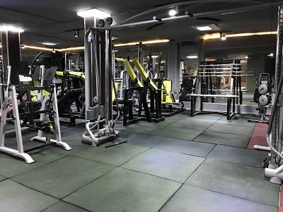 باشگاه بدنسازی سورنا - فیتنس - TRX - ایرو بیک - بدنسازی با دستگاه