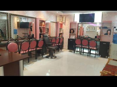 آموزشگاه آرایش و پیرایش سارنج سپید - آموزش شنیون و میکاپ عروس - میدان شهدا - آموزش خدمات ناخن - پیروزی